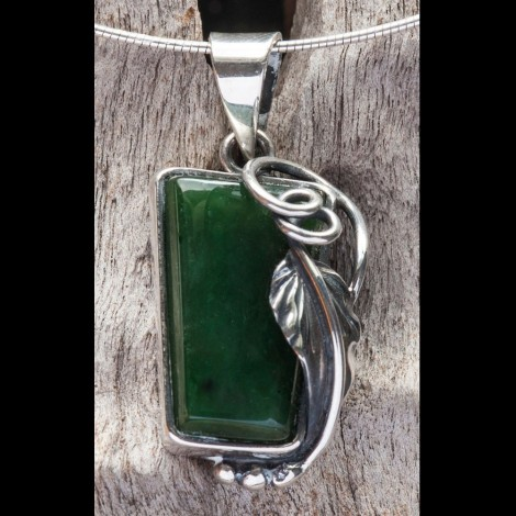 Twisting Vine & Leaf in Jade & Silver